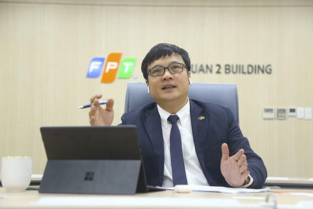 CEO FPT Nguyễn Văn Khoa tham gia đại hội từ đầu cầu TP HCM. Ảnh:Hoài Vũ.